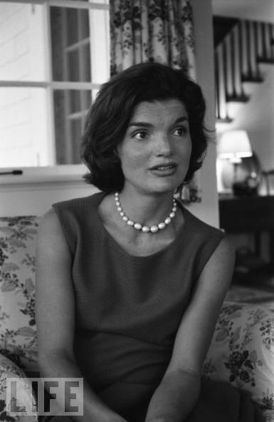 Jackie Kennedy Onassis: The Queen of Camelot by Deidre ...