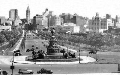 A view looking down the Ben Franklin parkway.