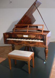 photo of Beethoven's piano