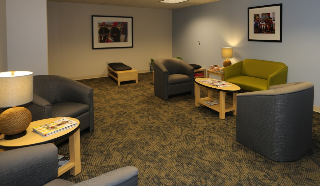 AS7A0314 waiting room edited