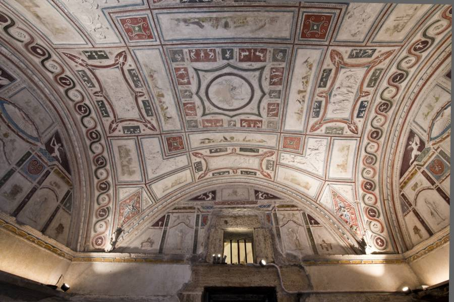 Polychrome Stucco Ceiling, Tomb of the Pancrazi, Tombe di via Latina, Photo Copyright: Sopritendenza Speciale per i Beni Archeologici di Roma (SSBAR)